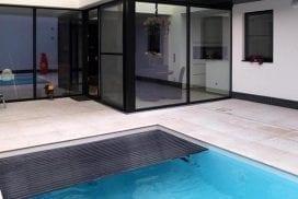 klein alfsluitbaar zwembad stadswoning